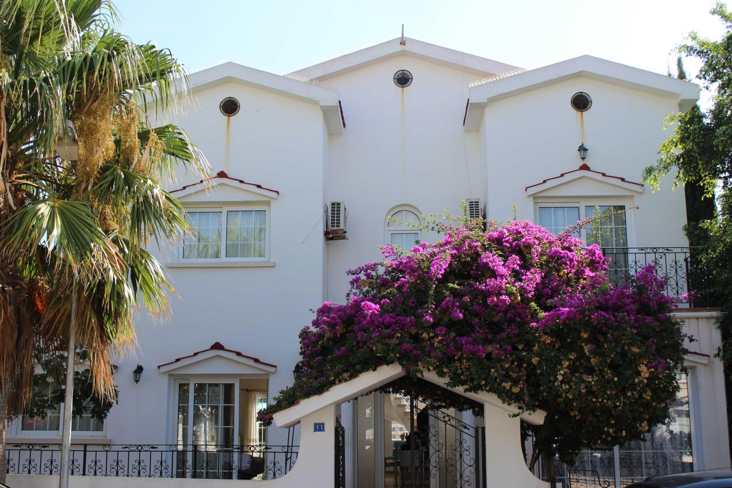 İskele Bahçeler kiralık villa